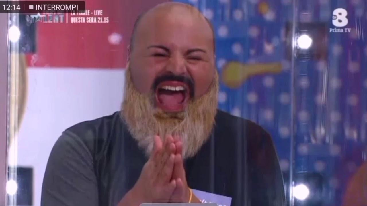 Quando ridi per non piangere. I fratelli Manuguerra a Pupi e fornelli TV8.